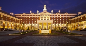 Hilton Easton
